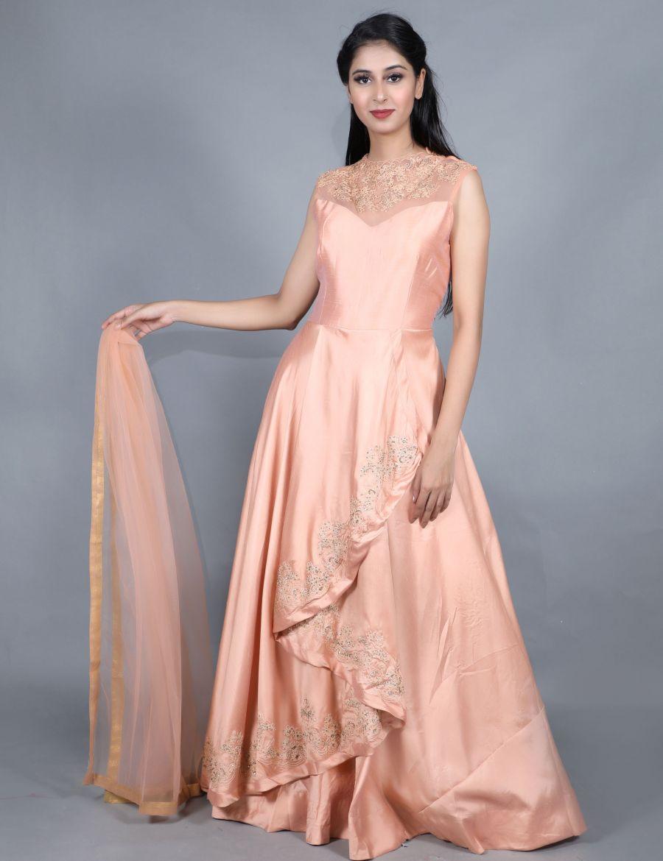 Beautiful Silk Anarkali Kurti and Leggings Set