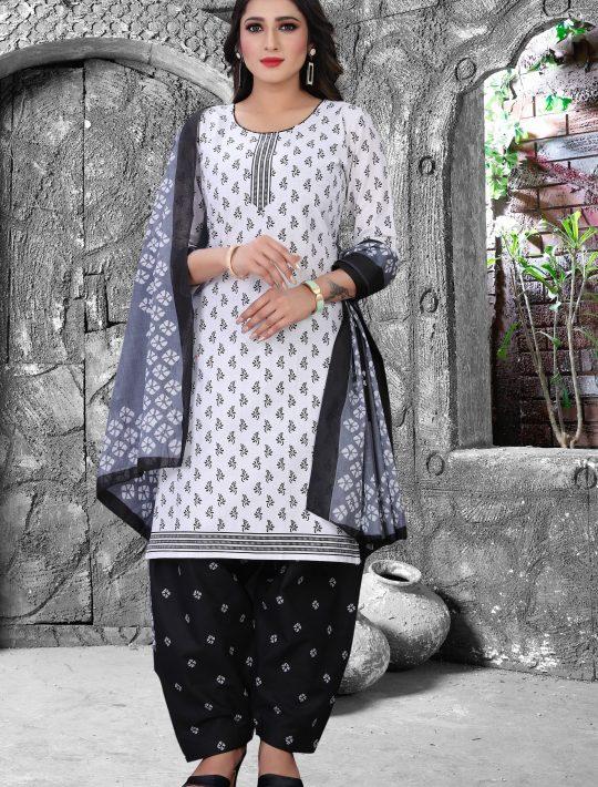 Ethnic White Cambric Cotton Patiala Set